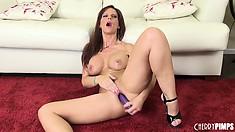 Syren De Mer licks her dildo so she can jam it right in her twat